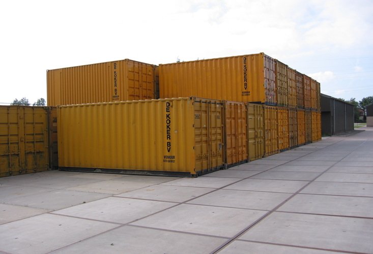 10 Ft. container